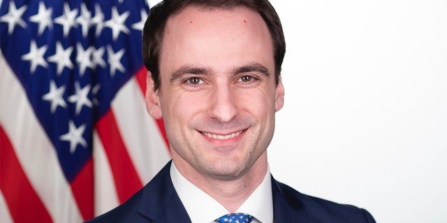 U.S. Chief Technology Officer Michael Kratsios in his official portraits in the Eisenhower Executive Office Building at the White House, Wednesday, Feb. 13, 2019, in Washington, D.C. (Official White House Photo by Keegan Barber)