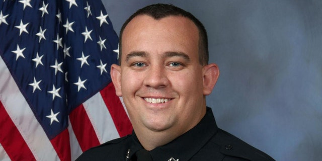 Westlake Legal Group Mike-Mosher-Overland-Park-PD Kansas police department's officer of the year killed in shootout with hit-and-run suspect Greg Norman fox-news/us/us-regions/midwest/kansas fox-news/us/crime/police-and-law-enforcement fox-news/us/crime fox news fnc/us fnc article 0ce07574-b989-507c-9e77-794cb8db6ef2