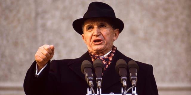 Nicolae Ceaușescu le 24 novembre 1989, Roumanie. (Photo by William STEVENS/Gamma-Rapho via Getty Images)
