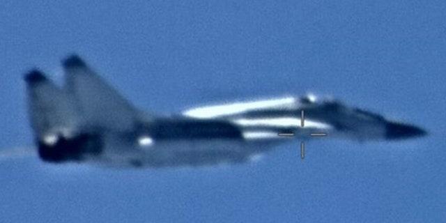 Máy bay chiến đấu của Nga đã đến Libya, từ một căn cứ không quân ở Nga, sau khi đi qua Syria, nơi được đánh giá là chúng được sơn lại để ngụy trang nguồn gốc Nga. (Ảnh chụp và tải lên DVIDS vào ngày 26 tháng 5 năm 2020)