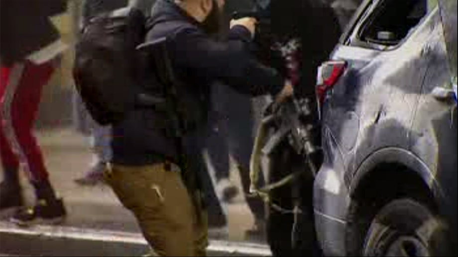 Seattle security guard helps disarm George Floyd rioters with AR-15s stolen from smashed police cruiser
