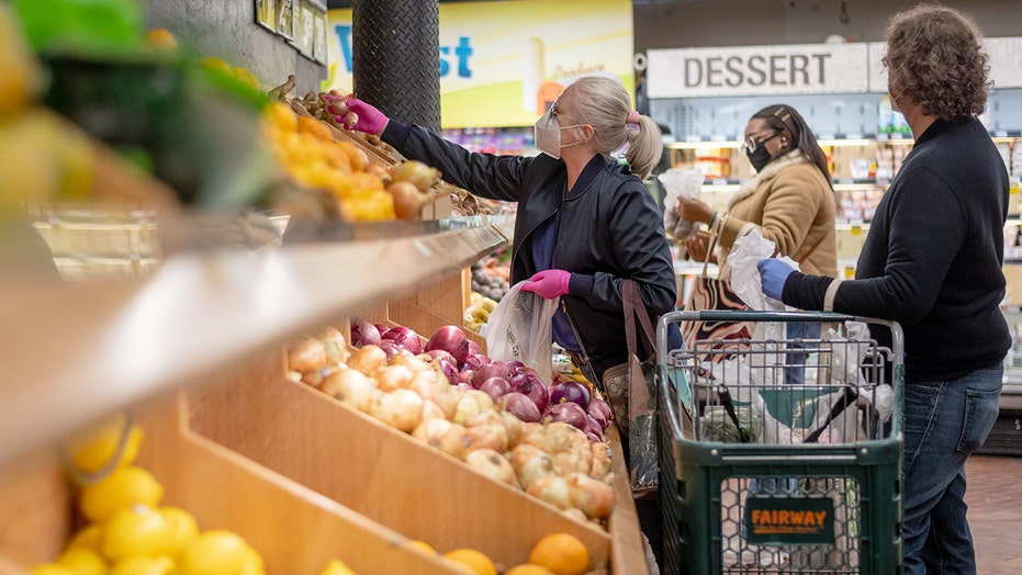 Supermarket company pays grocery bills of COVID-19 frontline workers