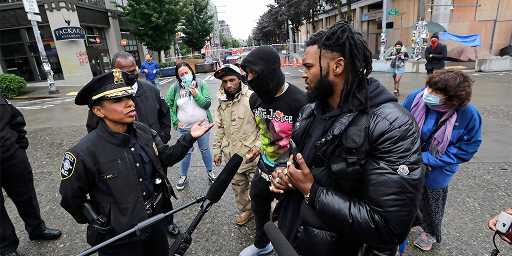 Seattle Protesters Declare Cop Free Zone After Police Leave Precinct Fox News