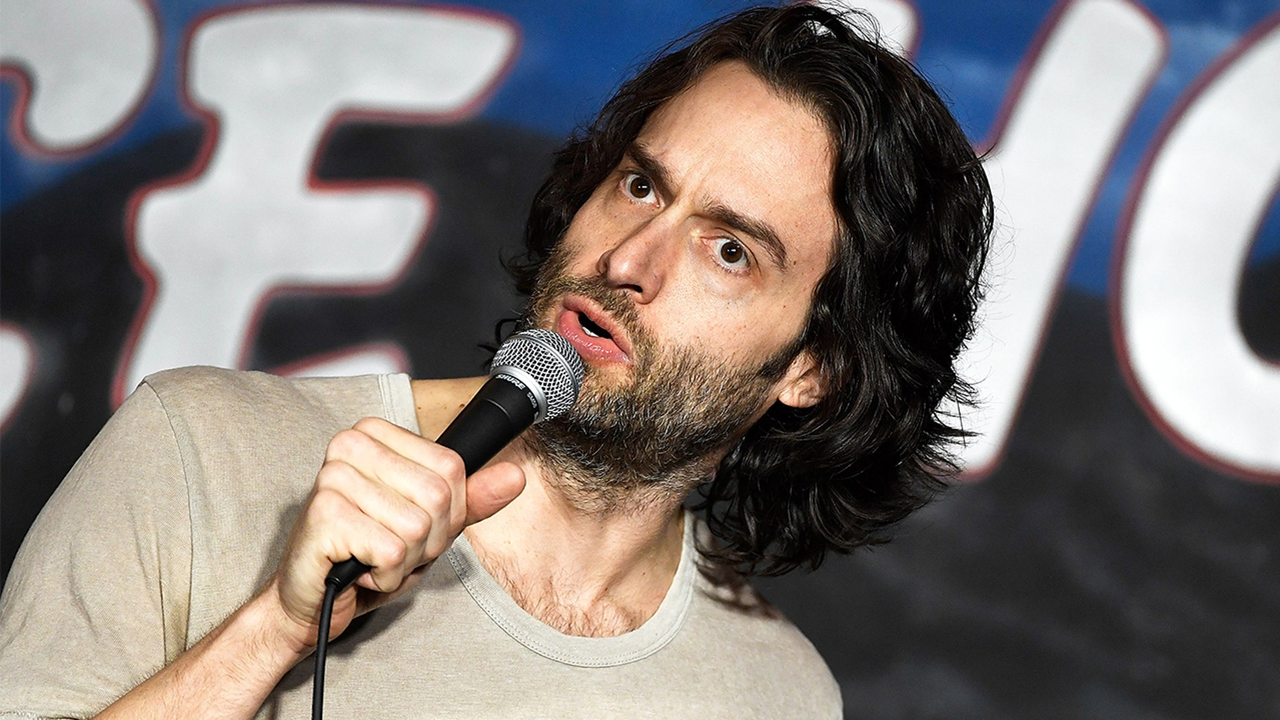 Comedian Chris D'Elia addresses sexual misconduct allegations months after denial: 'Sex controlled my life'