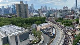 George Floyd unrest: Brooklyn Bridge blocked in new standoff between police, demonstrators