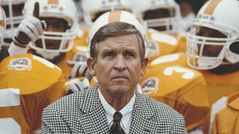 Johnny Majors, legendary college football player and coach, dead at 85