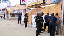 Los Angeles community members protecting business from looters detained amid riot confusion on live TV