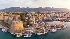 Cyprus to cover expenses for tourists who contract coronavirus