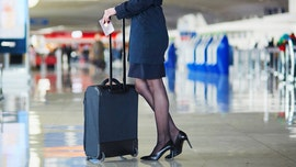 United Airlines adds thermometers to flight attendant uniforms