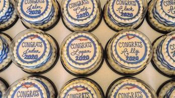 Minnesota bakery donates 800-plus cakes to 2020 high school grads