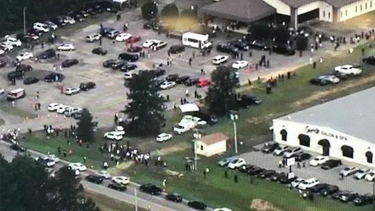Huge crowd gathers for George Floyd memorial in North Carolina