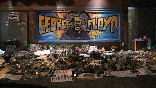 George Floyd's final memorial: 6-hour public viewing in Houston