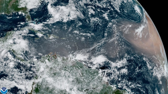 Saharan dust cloud moving across Atlantic may reach Gulf Coast next week