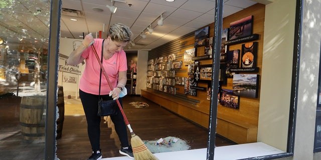 Small business owners fear worst after rioting, looting destroy storefronts during pandemic 58