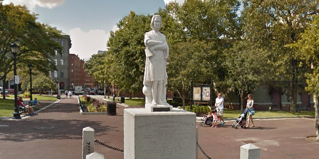 Statue of Christopher Columbus in Boston's North End beheaded