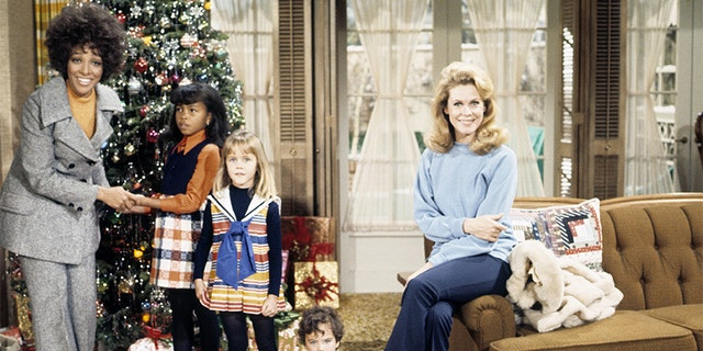 'Sisters At Heart' - Airdate: December 24, 1970.