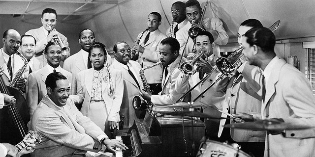 The Duke Ellington Orchestra performs 'Take the A Train' with singer Bette Roche in the film Reveille with Beverly, released January 1943.