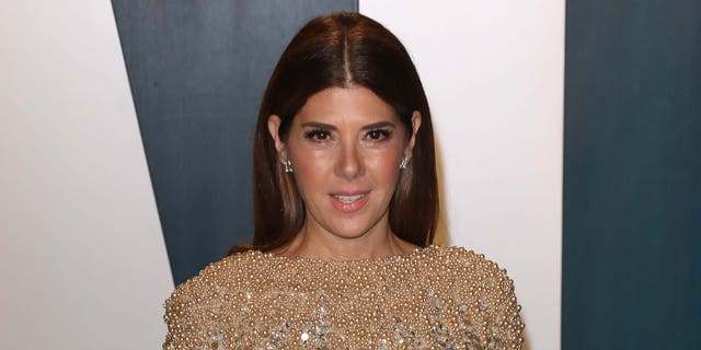 Marisa Tomei attends the 2020 Vanity Fair Oscar Party at Wallis Annenberg Center for the Performing Arts on February 09, 2020 in Beverly Hills, Calif.