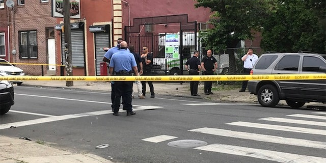 Police tape off the area around where a 24-year-old man died in an ATM explosion Tuesday. (Courtesy Laura Dawn Johnson/Twitter @LaurenDawnFox29)