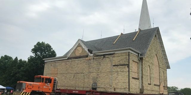 121-year-old Wisconsin church moves on wheels to new location.