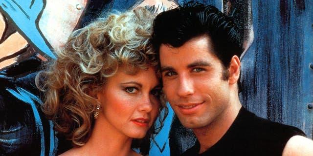(L-R) Olivia Newton-John as Sandy Olsson and John Travolta as Danny Zuko.
