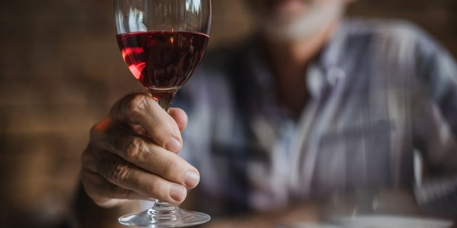 A federal committee is tightening recommendations on alcohol intake to one drink each day for men. The advice would remain unchanged for women, at one drink daily. (iStock)