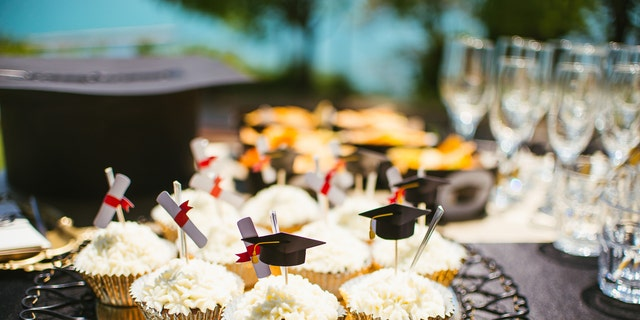 A little bit of effort will go a long way to lift your grad's spiritsduring this trying time.