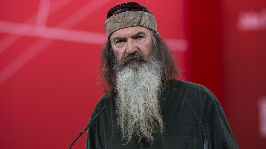 'Duck Dynasty' star Phil Robertson envisions a 'political assassination' on Trump's Supreme Court nominee