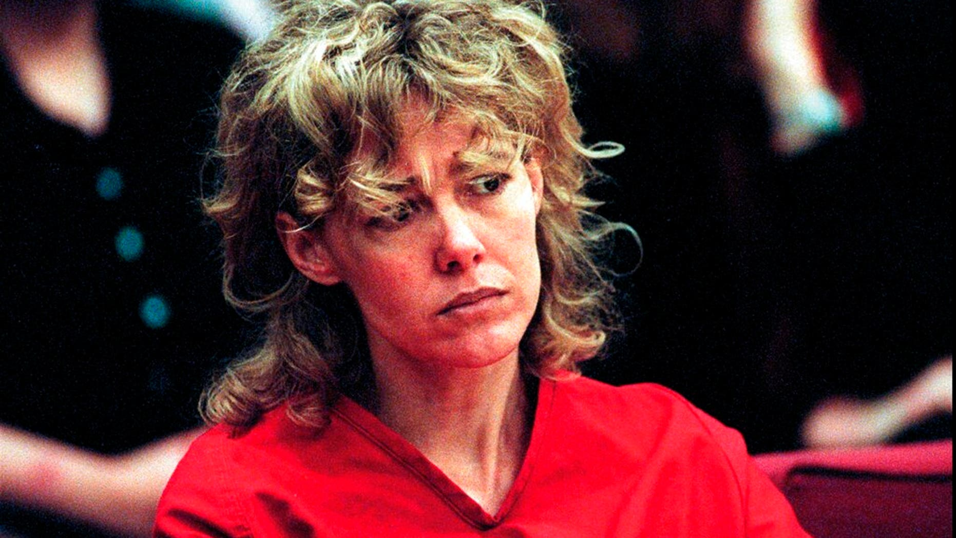 Mary Kay Letourneau, who was convicted of raping 13-year-old student, dead at 58