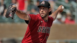 Diamondbacks' Madison Bumgarner on universal DH rule: 'It is what it is'