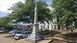 Mississippi county board votes to keep Oxford Square's Confederate statue