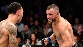 Volkanovski retains UFC title, Yan grabs bantamweight belt