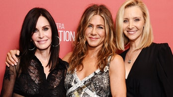 'Friends' ladies reunite to encourage fans to vote in the 2020 presidential election