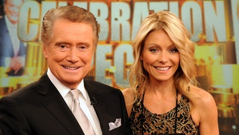 Kelly Ripa recalls Regis Philbin teaching her this life lesson: 'You have to be who you are'