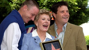 Sean Astin says late mother Patty Duke's mental illness led him 'to offer support to other people'