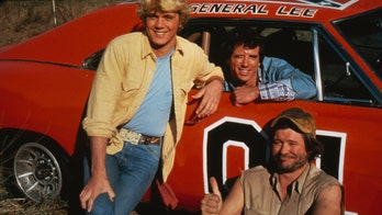'Dukes of Hazzard' star Ben Jones on Confederate flag controversy, says it's 'a Southern symbol' not 'racist'