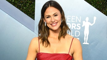 Jennifer Garner shuts down pregnancy speculation after Halloween photo raises questions