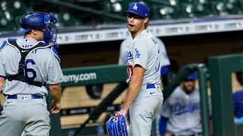 Dodgers' Joe Kelly calls Astros 'cheaters,' says they snitched on GM: 'They're not respectable men to me'