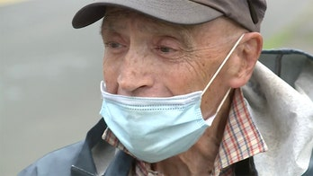 Connecticut WWII vet with cancer greets neighbors with American flag every morning: 'Before I leave, I want them to remember'