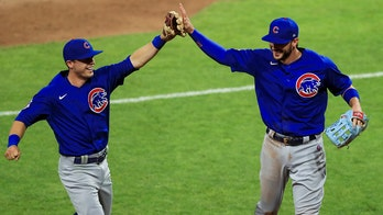 Cubs credited with triple play even with Kris Bryant's questionable catch
