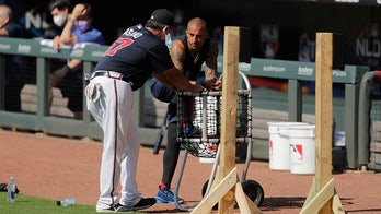 Braves 'ultimate pro' OF Nick Markakis opts out of season