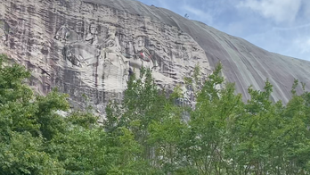 Stone Mountain Park carving faces increasing calls to be removed