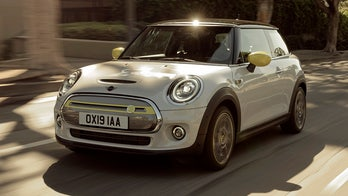 Test drive: The 2020 MINI Cooper SE is a quick, fun electric car that can't go the distance