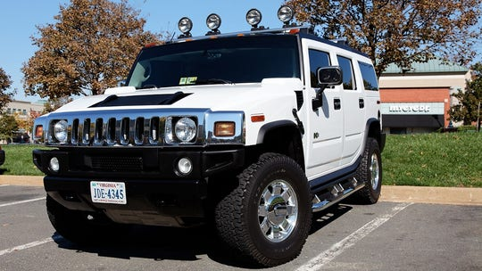 Fox News Autos wants to see your HUMMER trucks