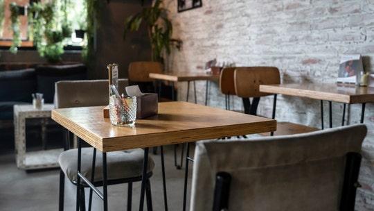 Trump calls on Congress to help 'decimated' restaurant industry