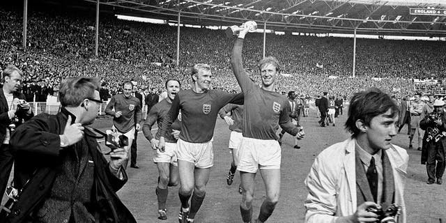 Jack Charlton, member of England's 1966 World Cup team, dead at 85