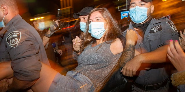 Israelis continue protests against PM's handling of pandemic
