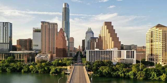 """Zillow considers Austin's market temperature to be """"<a data-cke-saved-href=""""https://www.zillow.com/austin-tx/home-values/"""" href=""""https://www.zillow.com/austin-tx/home-values/"""" target=""""_blank"""">very hot</a>"""" right now with the median price of listed homes around $405,000."""