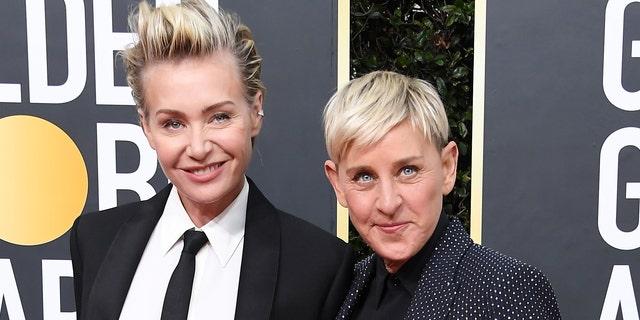 Portia de Rossi (L) and Ellen DeGeneres (R)