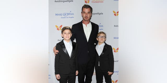 Left to right: Kingston Rossdale, Gavin Rossdale and Zuma Rossdale attend the 4th annual Wishing Well Winter Gala at the Hollywood Palladium on December 7, 2016, in Los Angeles, Calif. (Photo by Jason LaVeris/FilmMagic)